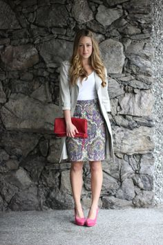 Love a good paisley. And the trench and heels are great, too!