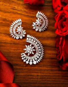 Anuradha Art Jewellery offers this silver finish appealing pendant set for fashionable girls. It is encrusted with American diamonds and made from metal. This pendant set is good in quality and skin-friendly. Diamond Nose Stud, Diamond Studs, Pendant Design, Pendant Set, Diamond Pendant Necklace, Necklace Set, Pearl Necklace, Gold Jewellery Design, Diamond Jewellery