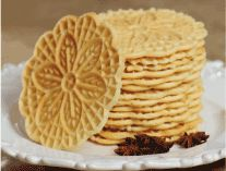 Pizzelle (pit-sell) Italian cookies My Favorite cookie at Christmas time Italian Wedding Cookies, Italian Cookies, Christmas Kitchen, Christmas Time, Pizzelle Cookies, Biscuits, Soap Making Supplies, Cookie Time, Charcuterie