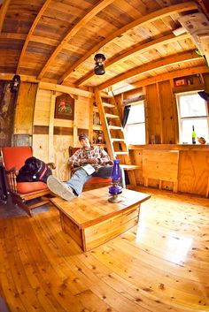 "Relaxshacks.com: TWELVE ""DAMN FABULOUS"" TINY HOUSE, CABIN, and SMALL HOUSE INTERIORS"