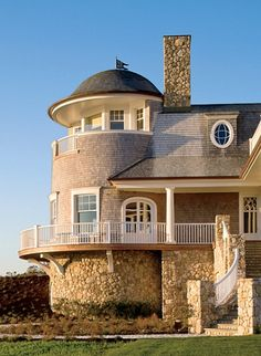 tower overlooking the sea...I wish this was my house.