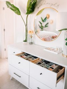 Dresser organization diy laundry sorter 9 Ideas for 2019 Room Ideas Bedroom, Bedroom Decor, Teen Bedroom, Cute Room Decor, Target Room Decor, Aesthetic Room Decor, Dream Rooms, My New Room, House Rooms