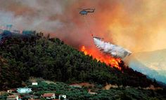 #Navy choppers help put out forest fire http://goo.gl/97tvN7  #Visakhapatnam #indiannavy