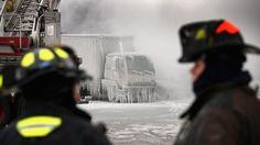 Chicago al gelo Così il ghiaccio avvolge i palazzi