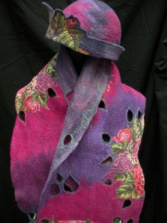 hoed met kraag/sjaal  els martens  www.pelskes-vilt.be