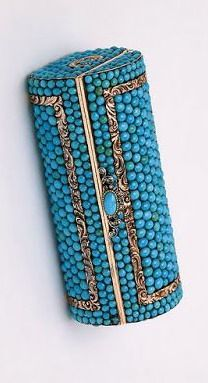 Turquoise and gold snuffbox, St. Petersburg, circa 1820. Victoria & Albert Museum.