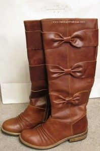 Anthropologie bow boots. I want these!!