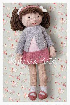 Malinka - lalka na szydełku/ Himbeere, Gehäkelte Puppe / Raspberry, the crocheted doll **Himbeere, Gehäkelte Puppe Die süße Puppe ist sehr weich und knuddlig. Das Gesicht wurde aufgestickt. Ausgestopft mit Füllung Polyester. Die Kleidung ist abnehmbar. Größe: Beim Sitzen hat eine Größe von 40 cm.**Raspberry, the doll is hand crocheted using cotton yarn. Dress and cardigan are removable.