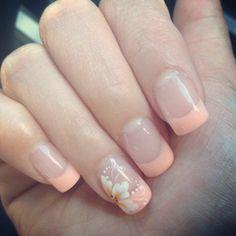 35 awesome ideas for nail design with flowers! Golden Nail Art, Golden Nails, Purple Nail Art, Bridal Nail Art, Wedding Nails Design, Minimalist Nails, Neutral Nails, Nail Manicure, Gel Nails