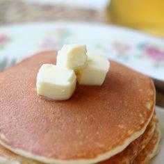 ベーキングパウダー不使用のパンケーキ Crepe Pan, Scones, Feta, Pancakes, Muffin, Sweets, Bread, Cheese, Cooking