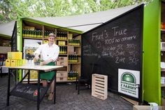 Czech Green Market Stalls Create Greater Connection Between Vendors and Shoppers Visual Merchandising, Popup, True Fruits, Shop Display Stands, Pop Up Market, Free Market, Market Stalls, Pop Up Shops, Booth Design