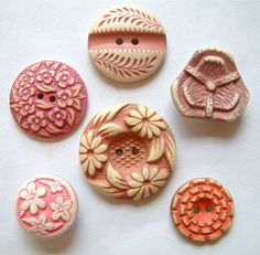 6 Vintage Pink & Lilac Floral Buffed Celluloid Buttons 15mm -23mm
