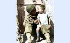 Appel à témoins pour identifier le petit garçon d'une photo de 1944