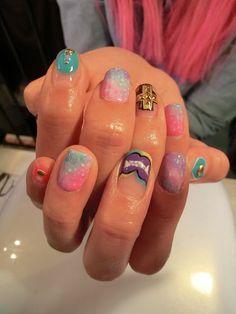 Lazy laundry: Akiko Hair & Nails japanese 3D nail art vivi magazine nails manicure gelnails gelmani pastel galaxy cross vampire halloween print