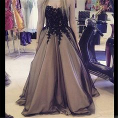 Find More Prom Dresses Information about A line Prom Dress 2017 Vestidos De Formatura Evening Dress Sweetheart Neck Appliques Lace Long Party Formal Dresses,High Quality dress up dress,China dress fat Suppliers, Cheap dress up wedding dresses from Suzhou Wedding Love Store on Aliexpress.com