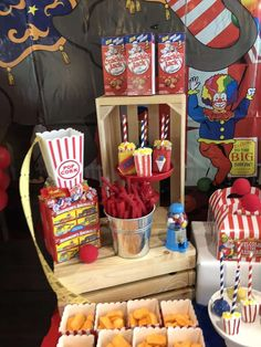 Everson's vintage circus 2nd birthday party! | CatchMyParty.com