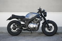 Look at a number of my favourite builds - specialty scrambler concepts like Suzuki Cafe Racer, Gs 500 Cafe Racer, Cafe Racer Moto, Cafe Racing, Cafe Racer Build, Custom Bikes, Custom Motorcycles, Motos Retro, Suzuki Sv 650