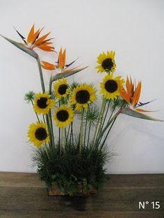 Joart - Flores: Arranjo floral: estrelícias e gisrassóis