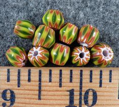 Original Small Black /& Yellow Chevron Huron Indian Trade Beads Fur Trade 10