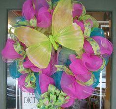 Fun spring mesh wreath by Simply Creative!
