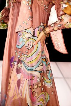 New York Fashion, Fashion Art, Fashion Show, Womens Fashion, Fashion Trends, International Fashion, Tulle Dress, Fashion Details, Autumn Winter Fashion
