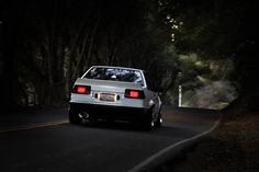 AE86 Rocket Bunny Style Wing (COUPES)