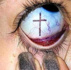 New Skin Photography Human Body Eyes Ideas - body art Aesthetic Eyes, Aesthetic People, Goth Aesthetic, Bad Girl Aesthetic, Aesthetic Grunge Tumblr, Lila Baby, Creepy Eyes, Creepy Hand, Photoshop