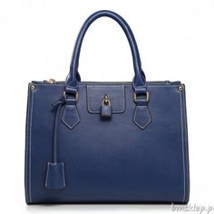 Bagtreeok for wholesale Tote Bags, offers the highest quality and hottest Fashion Lock pendant wholesale genuine leather lady handbag Blue. Buy top quality China Wholesale Tote Bags from Chinese Handbags wholesaler Stylish Handbags, Best Handbags, Hobo Handbags, Fashion Handbags, Leather Handbags, Bags Online Shopping, Discount Shopping, Shopping Bag, Wholesale Tote Bags