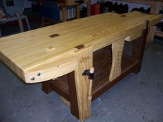 Free Work Bench Plans - How To Build A Workbench