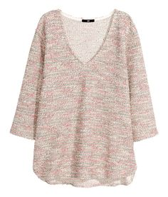 Light pink textured V-neck top with comfy sweatshirt fabric & 3/4-length sleeves. | H&M Pastels