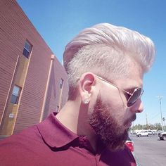 Rocking my hair color these Hot AZ days...#wellablondor #wellainosense #wellahair #wellaeducation #wellalife #sebastianprofessional #sebastianwna #az #azweather #hairdresser #hairartist #colorist #barber #menshair #menscut #menstyle #menfashion #beard #bearded #beardedmen #menshair #instahair #whitehair #platinumblonde #olaplex #rayban