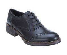 Elsie Oxford, Black Leather