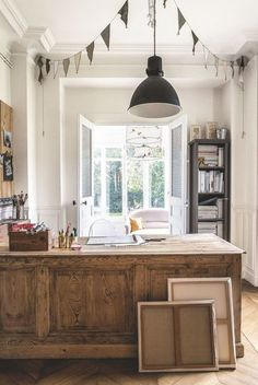 Un ancien comptoir reconverti en bureau - Jolie maison de famille près de Paris - CôtéMaison.fr