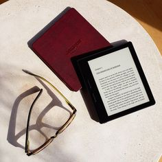 Introducing Kindle Oasis - Amazon Official Site - E-reader