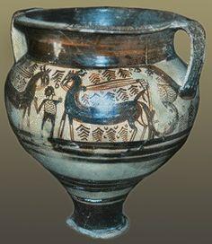 Bronze age Etruscan painted krater from Etruscan colony Mycenae Greek Pottery, Pottery Art, Greek History, Ancient History, Minoan Art, Bronze Age Civilization, Mycenaean, Creta, Greek Art