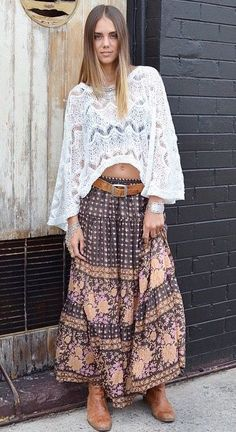 ☆ Maybe not the top, but the skirt for sure. Gypsy Style, Boho Gypsy, Bohemian Style, Gents Fashion, Boho Fashion, Style Fashion, Boho Chic, Amanda, Moda Boho
