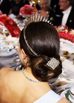 HRH Crown Princess Victoria wearing Queen Victoria's Baden Fringe Tiara and a diamond brooch in her hair Royal Crowns, Royal Tiaras, Tiaras And Crowns, Royal Hairstyles, Tiara Hairstyles, Wedding Hairstyles, Princess Victoria Of Sweden, Crown Princess Victoria, Royal Jewelry