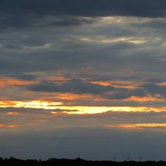 Sunrise last Friday morning#insta_minnesota #minnesota365 #myminnesota #chooseminnesota #mnproud #exploremn #capturemn #midwestmoment #onlyinmn by sweettart32159