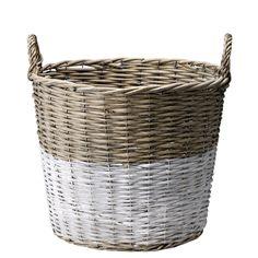 geflochtene Körbe für Wäsche oder die Lieblingszeitschriften