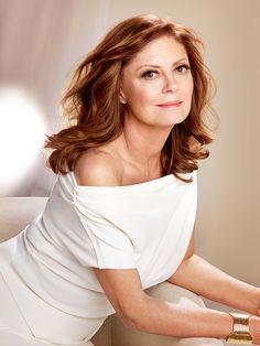 Susan Sarandon, 69, Is the Gorgeous New Face of L'Oréal Paris! http://stylenews.people.com/style/2016/01/08/susan-sarandon-face-of-loreal-paris-2016/