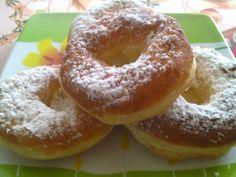 Ezt a receptet egy idős néni szokta elkészíteni, most megosztom veletek… Hungarian Recipes, Food Categories, No Bake Desserts, Bagel, Doughnut, Nutella, Donuts, Food And Drink, Cooking Recipes
