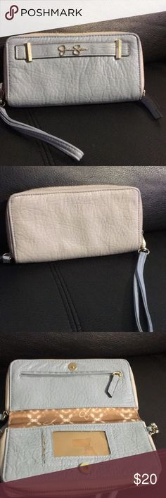 Jessica Simpson Clutch Nice wallet size 8x4.5 A lot of space Jessica Simpson Bags Wallets