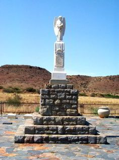 The small town of Bethulie in the Free State province, offers a wealth of interesting sites for war buffs and those interested in natural history. Best Sites, Natural History, Small Towns, Statue Of Liberty, South Africa, Fountain, Tourism, Outdoor Decor, Nature