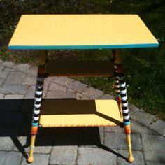 Toucan table