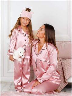 Mommy and Me Striped Christmas Themed Button Pajama Set Pink Silk Pajamas, Silk Pjs, Satin Pajamas, Cute Pajama Sets, Cute Pajamas, Girls Pajamas, Lux Fashion, Young Fashion, Little Girl Dresses