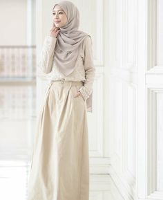 Style Hijab Casual Kondangan 36 New Ideas Modest Dresses, Modest Outfits, Modest Fashion, Fashion Dresses, Hijab Casual, Hijab Mode Inspiration, Hijab Stile, Hijab Style Dress, Modele Hijab