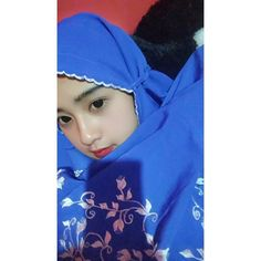 Jilbab Smile: Smile Hijaber is Very Cute Casual Hijab Outfit, Hijab Chic, Hijabi Girl, Girl Hijab, Hijab Style Tutorial, Indonesian Girls, Beautiful Hijab, Muslim Women, Ulzzang Girl