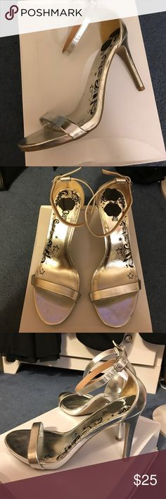 Silver strappy heels (fits size 7) Gorgeous silver heels FITS SIZE 7 Shoes Heels