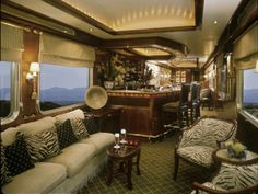 Colonial charm of the Blue Train - South Africa