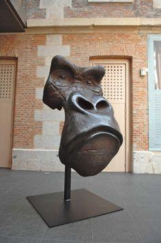 "Quentin Garel, Masque de gorille, Bronze, 72½"" x 31½"" x 31½"" #art #bronze…"